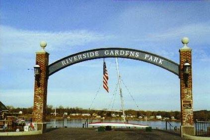 01 Red Bank Nj Riverside Gardens Park